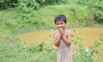 村で出会った子ども。