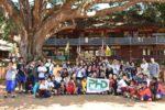 ムシキー村の小学校での記念写真